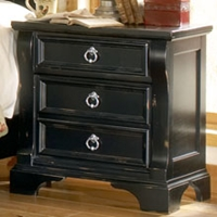 Heirloom 3-Drawer Nightstand in Black