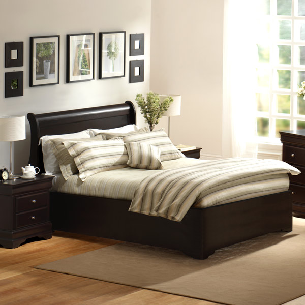 Charlotte Bed by Lifestyle Solutions